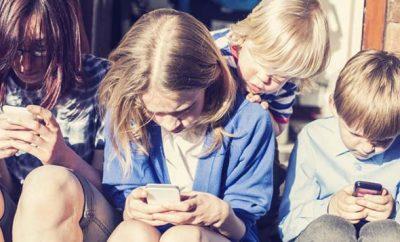 Bambini-smartphone-739x400
