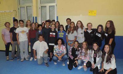 Foto di gruppo Lilt con studenti Pascoli2