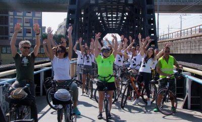 ciclisti in tour dei ponti