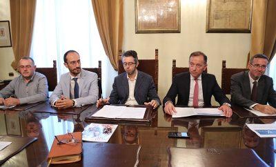 tn12_09_18_comune_di_pescara_e_confindustriachietipescara_per_innovazioni2018_relatori